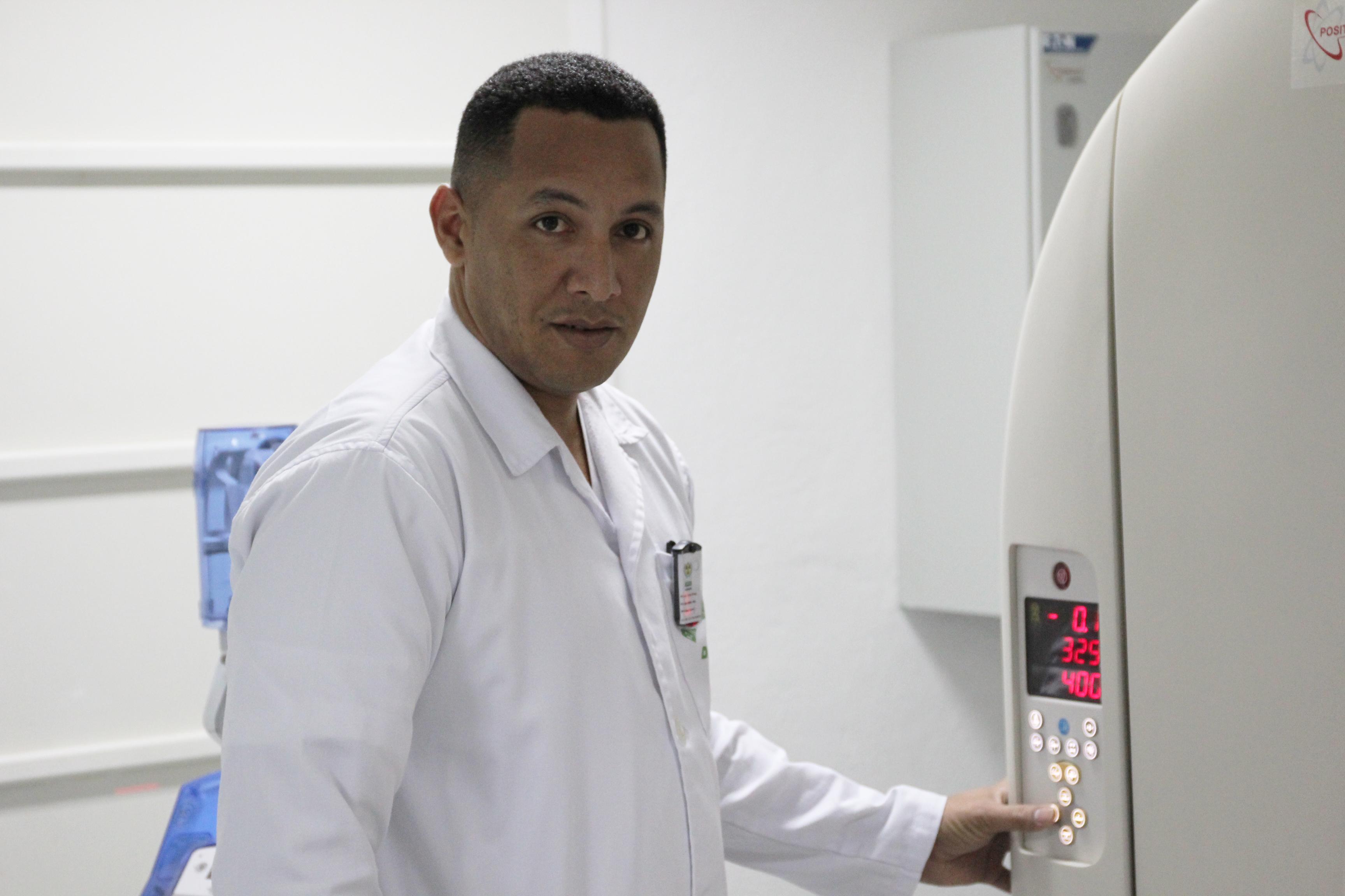 أخصائي أشعة وتصوير