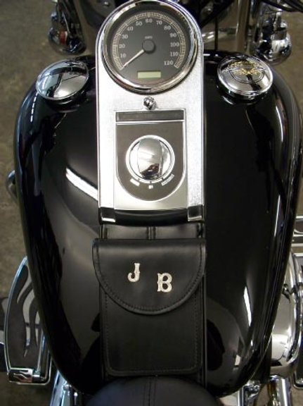 Tank Bib: HD Small Custom Softail