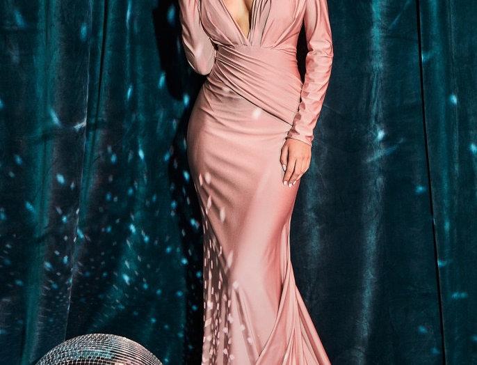 Dera Gown
