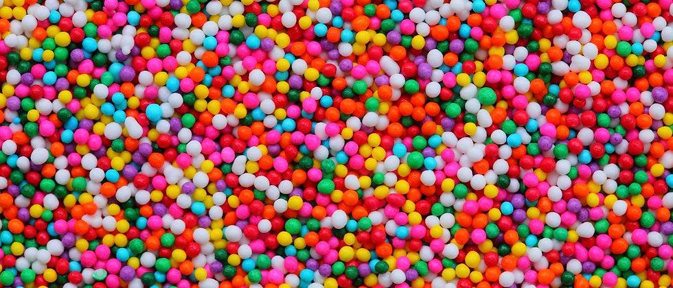 סוכריות מזרה צבעוניות