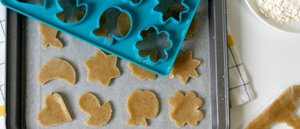 משטח חותכני עוגיות ביתי - מעורב 24 לאבלי
