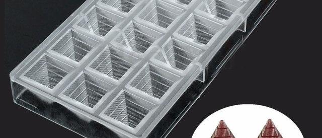 תבנית פוליקרבונט - פרמידה