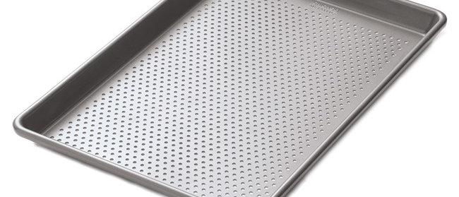 תבנית מחוררת לתנור - CHICAGO METALLIC