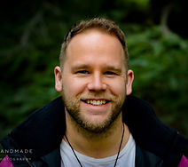 profile shot aug 2019_edited.jpg