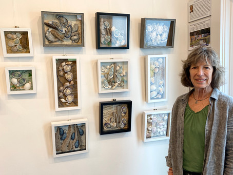 Welcome to Holly Hawthorn, The Westport Book Shop's June Artist
