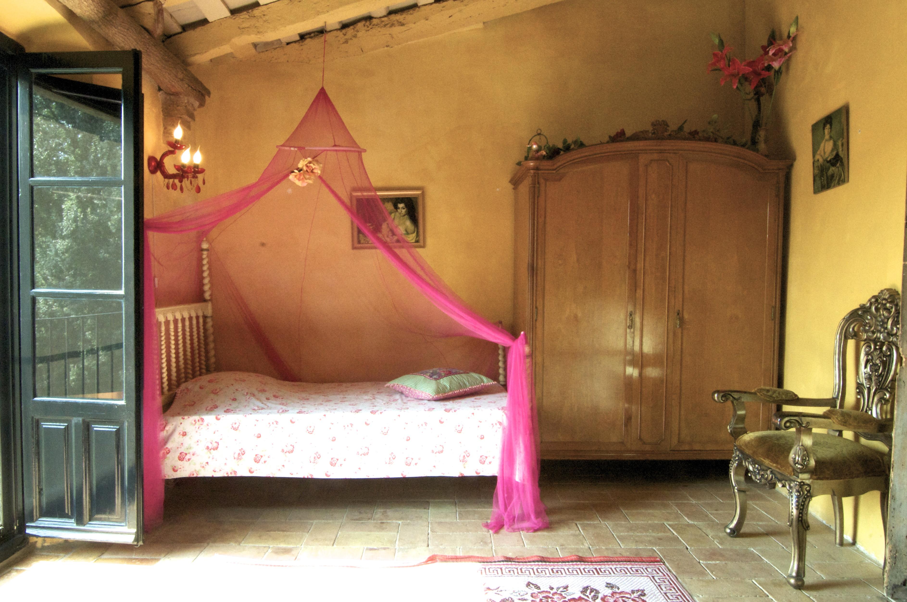 Romantic room photo
