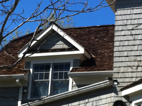 Choosing the Right Color for Your Cedar Roofing