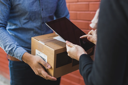 receiving-shipping-box-on-ipad_1080x.jpg