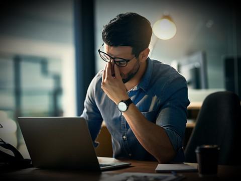 Cansaço contínuo: sabia que pode indicar problemas na sua saúde?