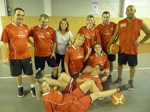 equipe loisir 2018-2019 alp basket.JPG