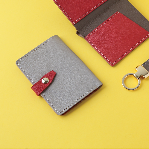 The Beauty Bifold Card Case