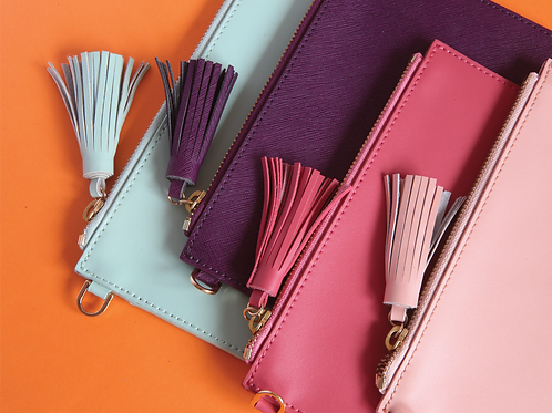 The Tassel Pouch