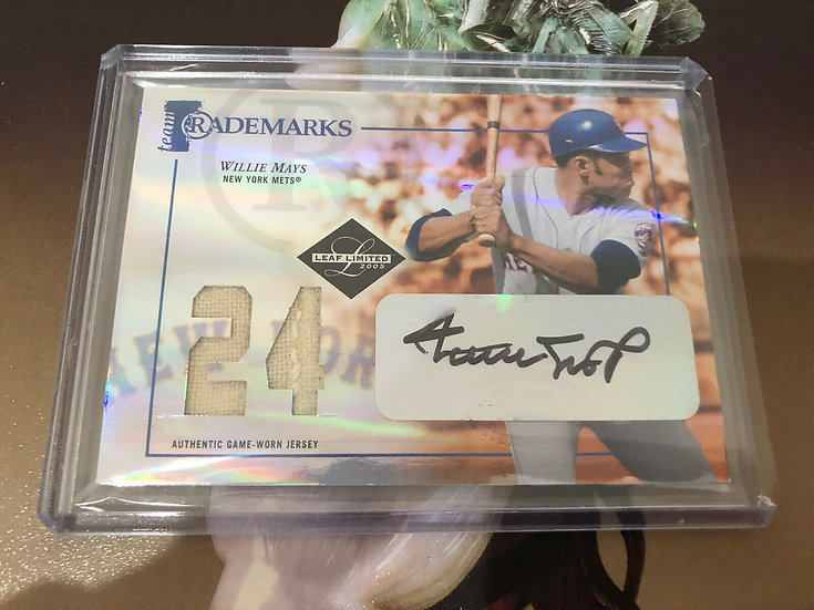 Willie Mays 2005 Leaf Limited Team Trademarks Jersey Auto Mets #/24 Autograph