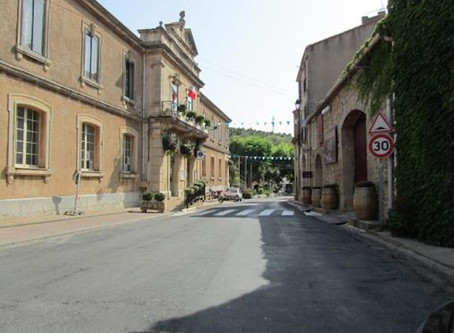 Het gemeentehuis in Fitou