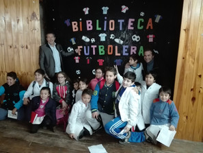 "Biblioteca Futbolera Carlos ""Chino"" Tapia"