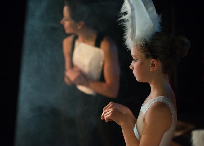 SWAN LAKE PRODUCTION /  BALLET SCHOOL LONDON