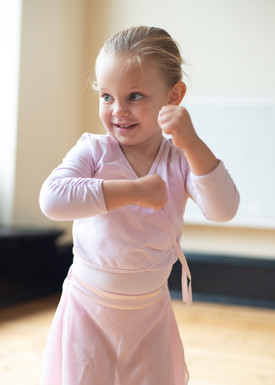 NURSERY BALLET CLASS/  BALLET SCHOOL LONDON