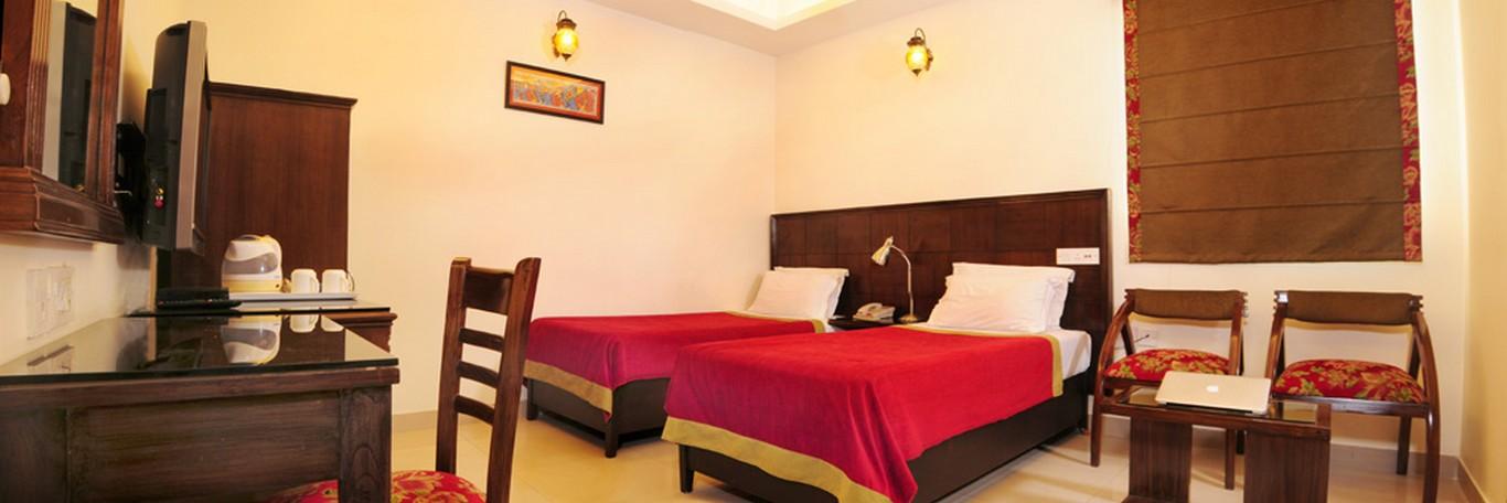 Hotel Deluxe Room 2