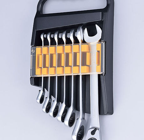 Reverse Ratchet Combination Wrench Sets