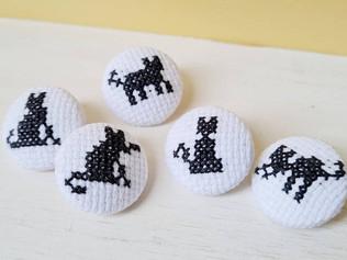 Cross stitch cat buttons