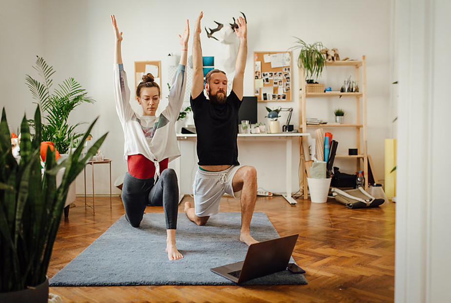 How to live stream: online yoga class