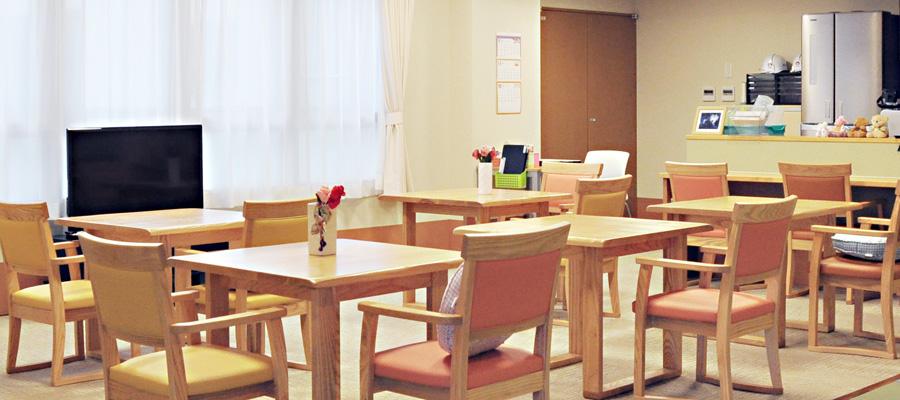 共同生活室とキッチン