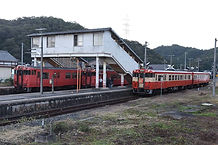 姫新線記念号福渡3列並びサイド
