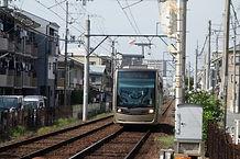 あびこ道駅に到着する電車