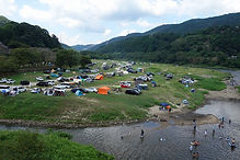 木津川河原のキャンプ場