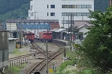 生野駅の列車交換