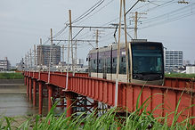 大和川橋梁を行く天王寺駅前行