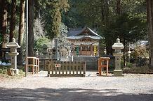 日雲神社参道を通る鉄道
