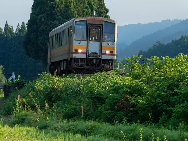 120-329大糸線を行く 撮影:糸魚川赤野さん