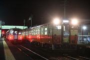 夜桜列車復路金川交換.jpg