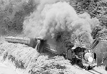 D51 旅客列車重連牽引