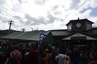美作加茂駅前の賑わい.jpg