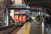 城端線 新高岡.jpg