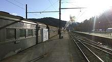 千頭を発車前の列車