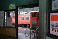 列車交換 福渡.jpg