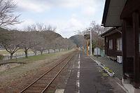 月田駅 勝山方