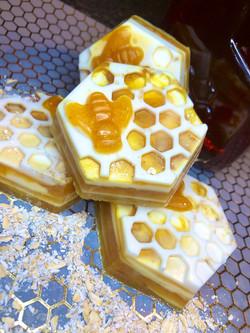 Honey & Oat's Bawdy Bar