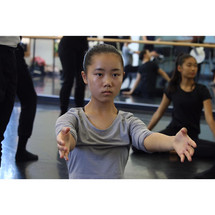 youngdancer4artsumbrella2019summer.jpg