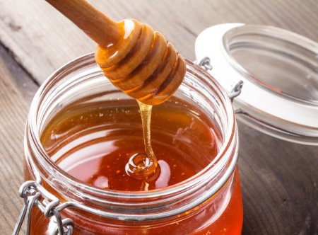 Tips to Stay Busy at Home! 6 Secret DIY Face Masks for Celebrity Skin