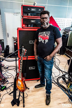 Izo Diop - Trust  / DL 412 Standard Custom Red