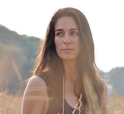 ariana-vafadari-portrait-crop-u2760.jpg