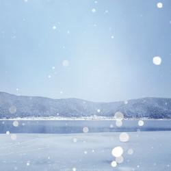 鏡湖の冬。