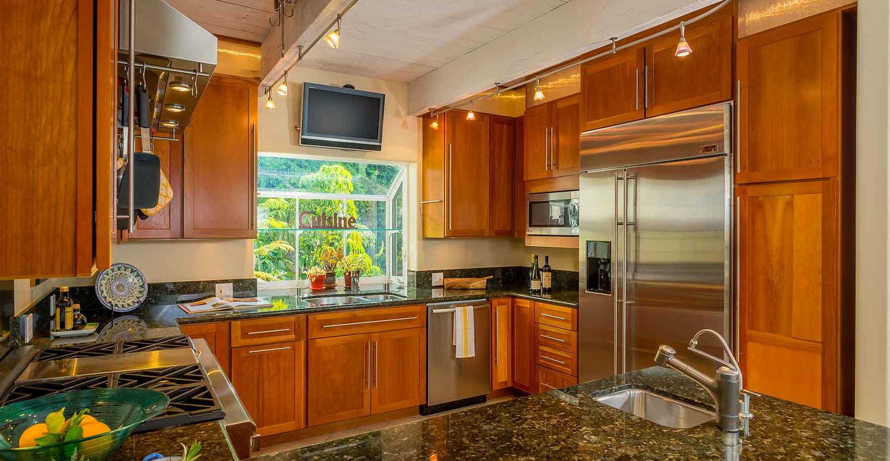 20160120_20705_Medley_Kitchen2_MLS.jpg