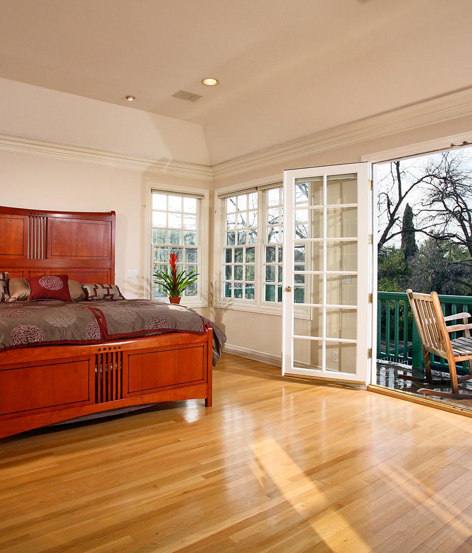 Master Bedroom-10.jpg