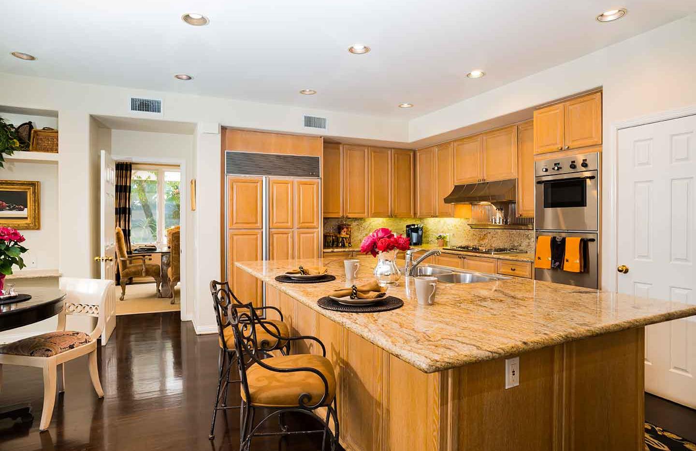 Columbo_kitchen_MLS.jpg