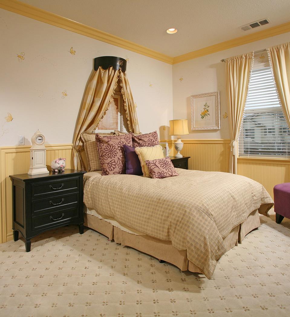 Turnstone 2nd Bedroom.jpg